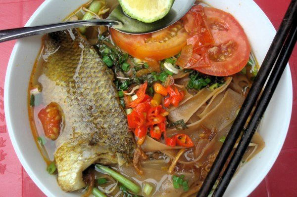 Ngoài bún thì còn có thể nấu cá rô với bánh đa